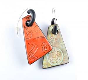 Reversible Earrings with Olga Nicolas Polymer Clay Project for Polymania UK 2019